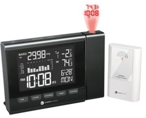 ambient-weather-ws-8400-projection-clock-with-indoor-and-outdoor-temperature-color-changing-display
