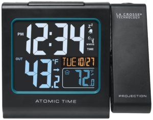 la-crosse-technology-616-146-color-projection-alarm-clock-with-outdoor-temperature-charging-usb-port