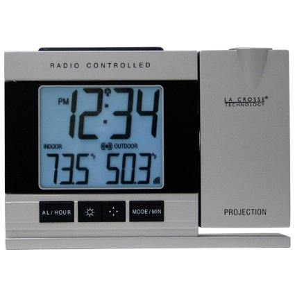 la-crosse-technology-wt-5220u-it-projection-alarm-clock-with-indoor-outdoor-temperature